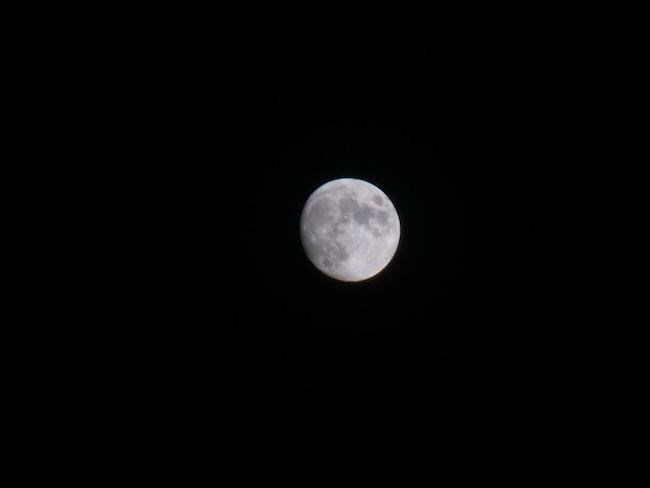 コンデジで月を撮る方法