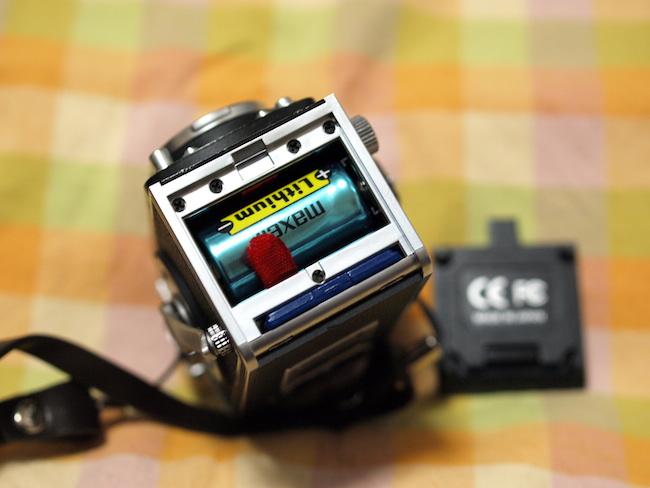Rolleiflex MiniDigi SDカードと乾電池