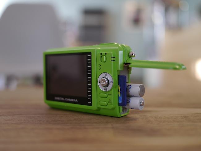 VistaQuest VQ7024J SDカード