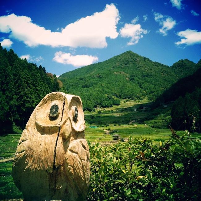 千枚田 木彫り