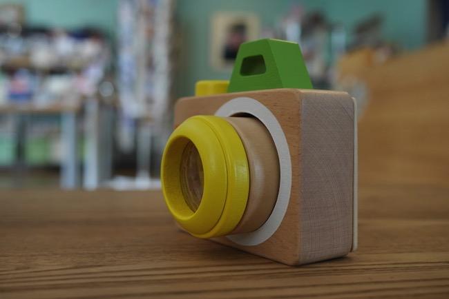 森のあそび道具「ミラクルカメラ」