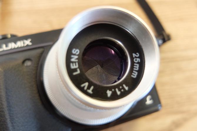 25mm F1.4 Cマウント