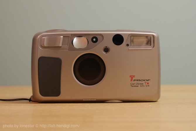 Kyocera T PROOF Carl Zeiss T* Tessar 35mm f3.5