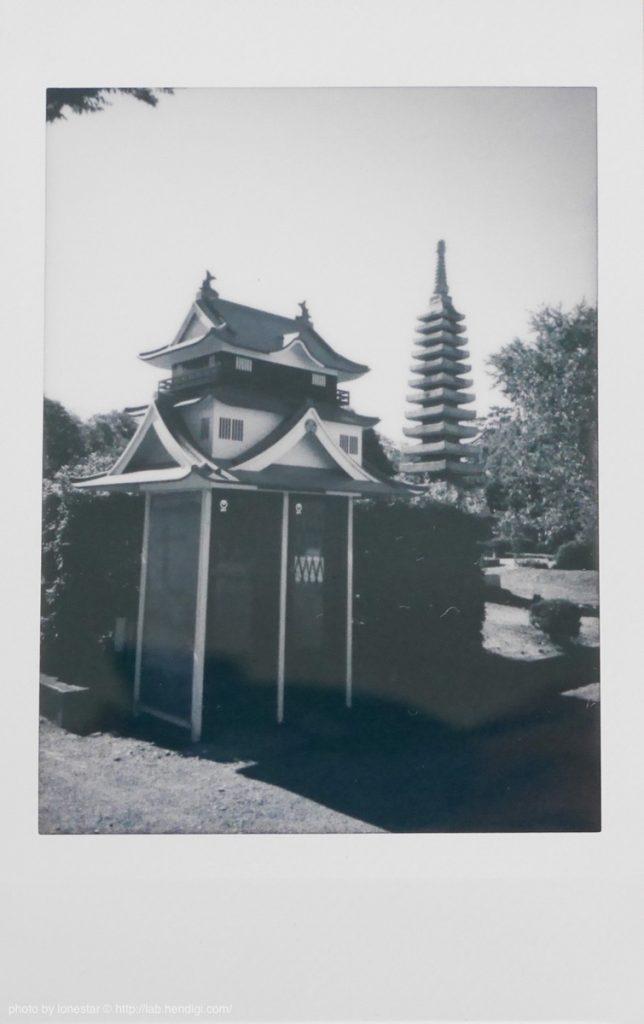 チェキ 白黒フィルム