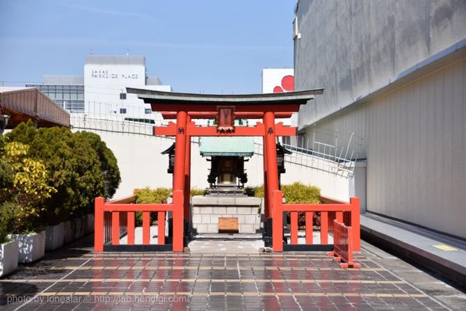 三越 屋上 神社