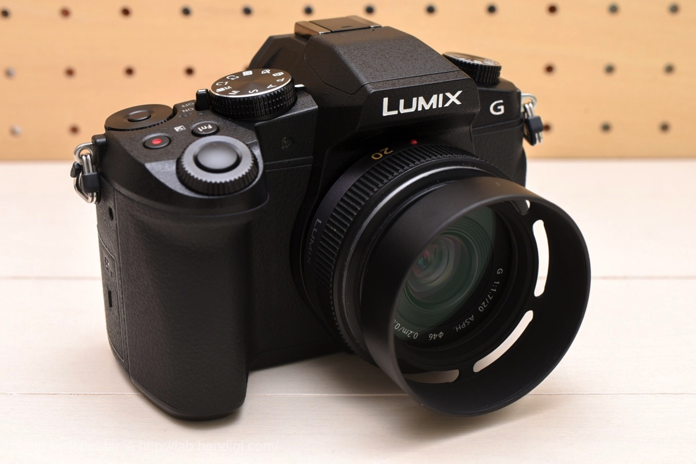 LUMIX DMC-G8 LUMIX G 20mm F1.7 ASPH.