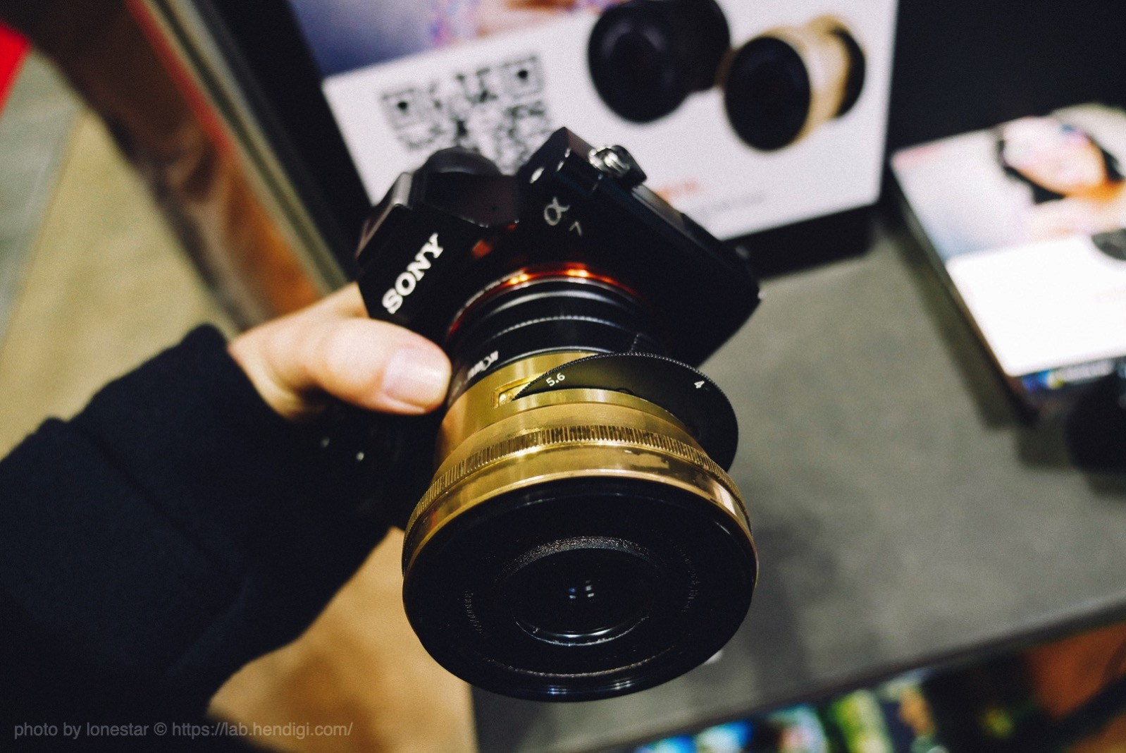 Lomogon 2.5/32 Art Lens