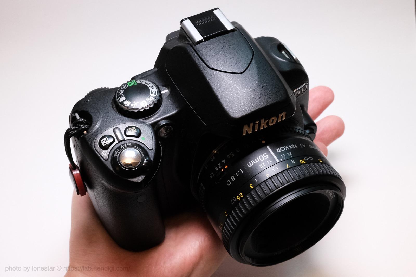 Nikon D40 サイズ