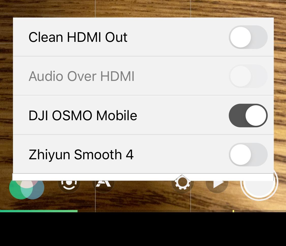 iPhone HDMI クリーンアウト