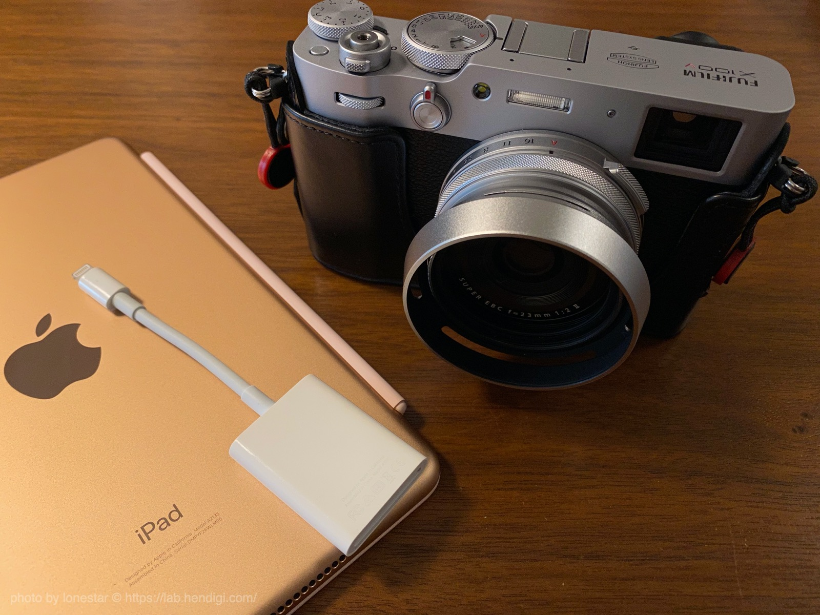 Apple Lightning - SDカードカメラリーダー